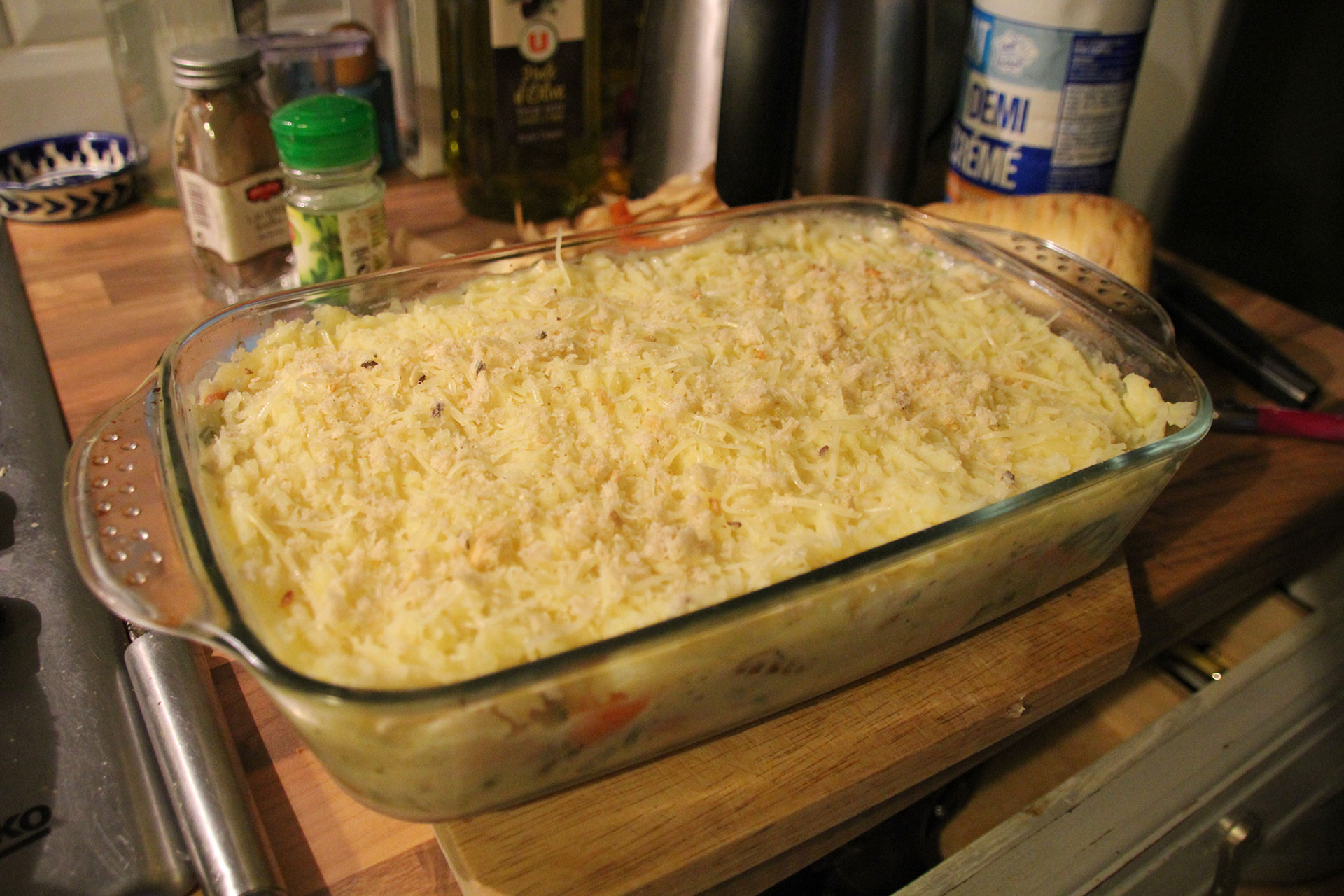 Fish pie with breadcrumbs and cheese